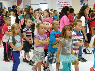 After a morning assembly, students at Ute. V. Perkins Elementary in Moapa take the long walk to class on the first day of school Monday.  PHOTO BY WESLIE STRATTON/Moapa Valley Progress.